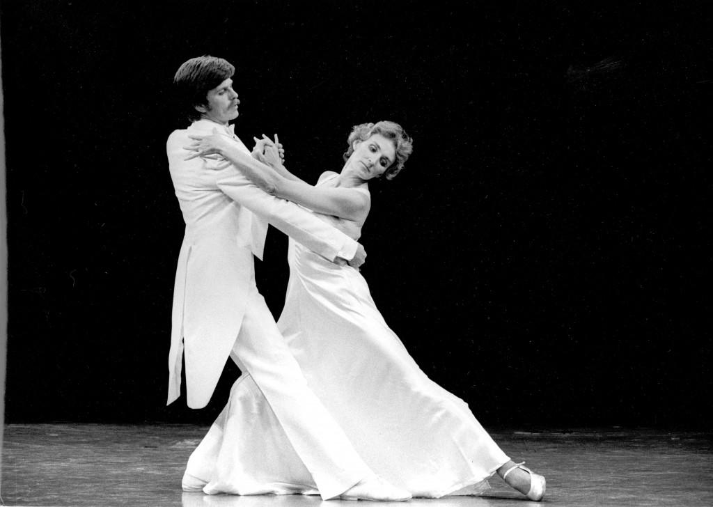 MRW Brook Ballrrom Dance Lunge72